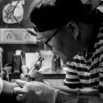 C'est finalement le manque de bon sens ou le tatouage qui a tué cet homme ?