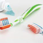 Les dentifrices mis sur la sellette à cause du dioxyde de titane