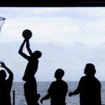 Tony Parker : sa carrière de basketteur s'arrête, une autre commence